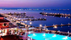 sunny-beach-night-view
