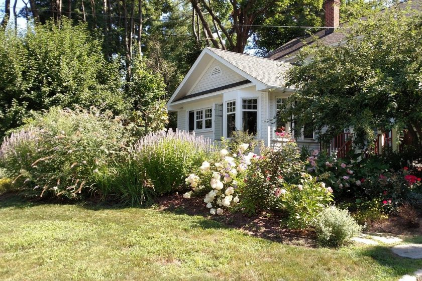 Professional gardeners for the yard – for your little paradise under the stars